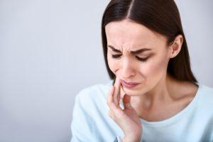 woman in dental pain