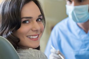 Looking for a natural dental restoration? Our dentist in Waco compares composite resin (tooth-colored) and amalgam (metal) fillings for you.